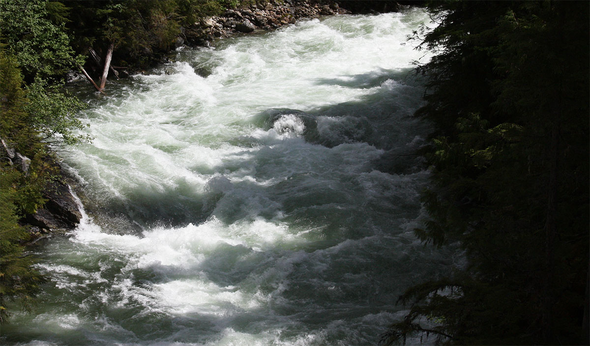 North Country Rv >> Water | Nakusp Hot Springs, Chalets, and Campground
